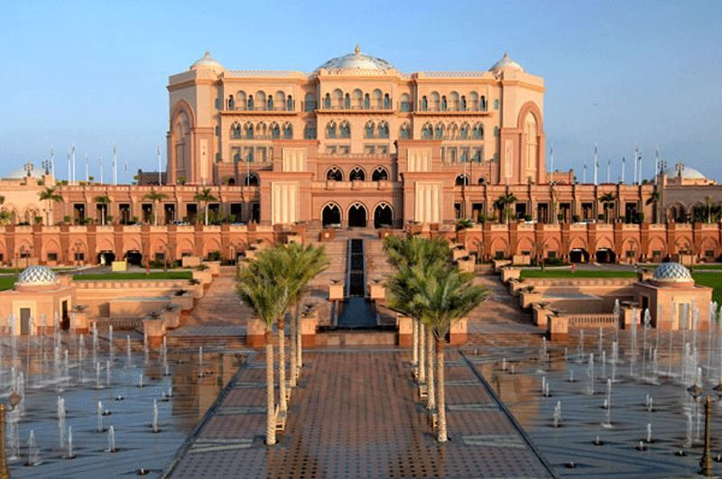 Emirates Palace Hotel.